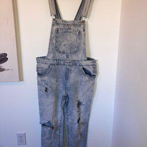 L light wash mom jean overalls.
